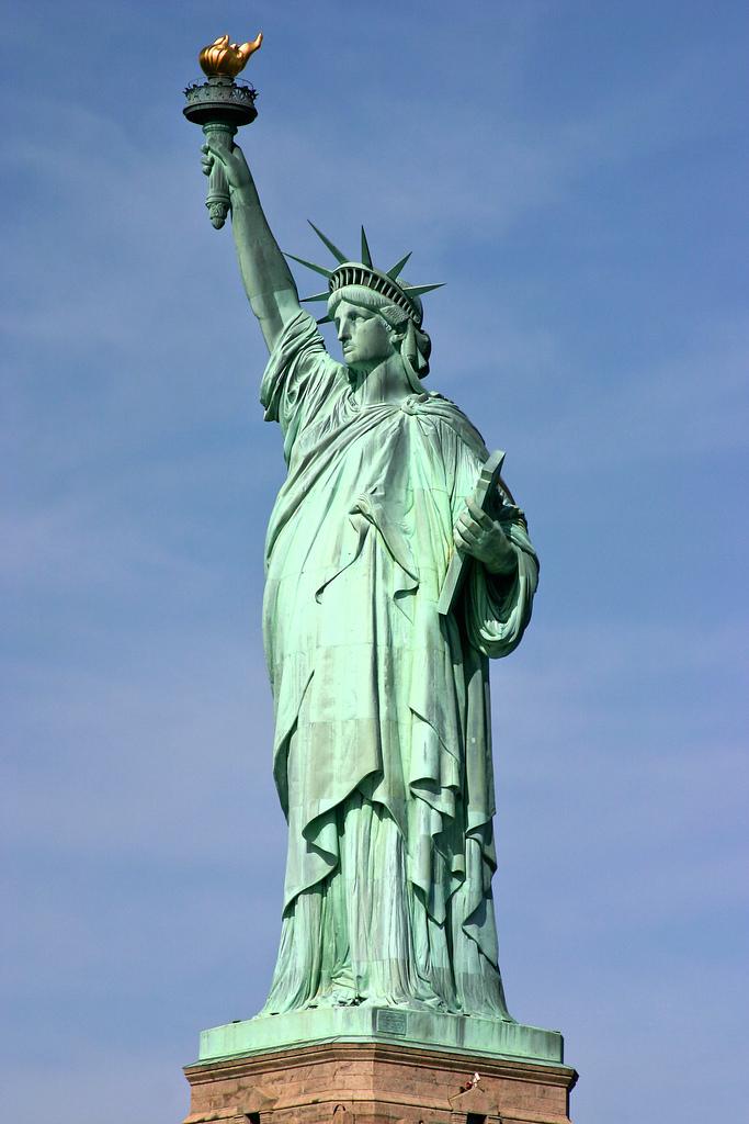 دعوة الى تحطيم تمثال الحرية في جده باعتبار انه تقليدا اعمى للغرب